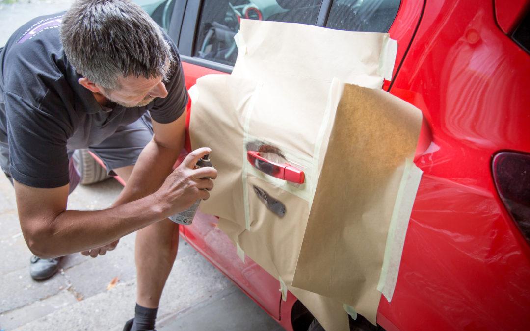 Met een autoverzekering gedekt tegen krassen